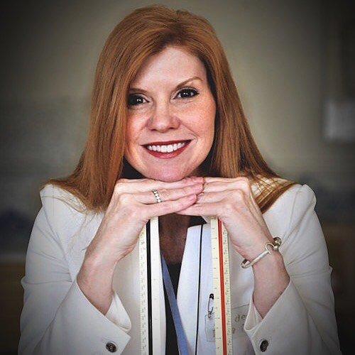 Headshot of Dana Foster