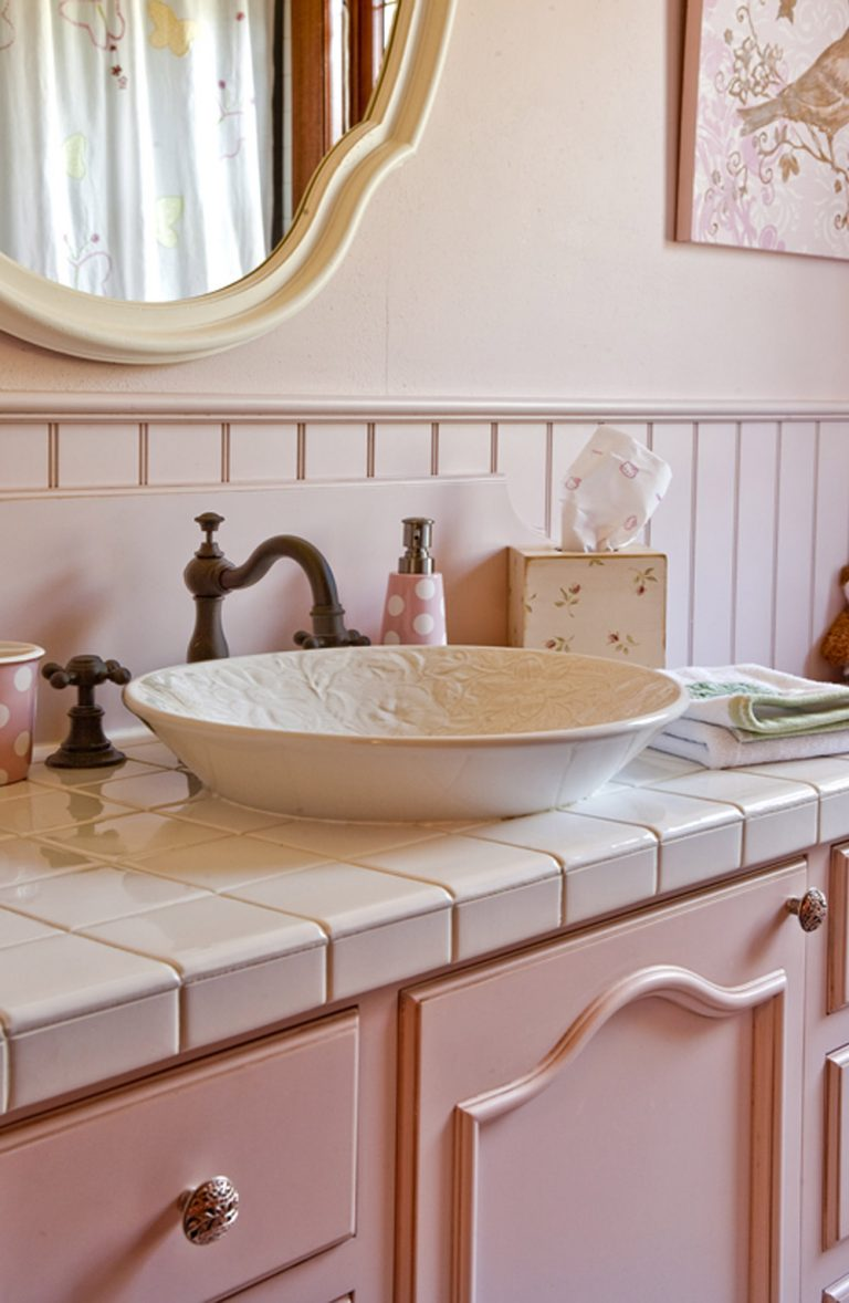 Queen Anne Colonial Revival, new bathroom sink